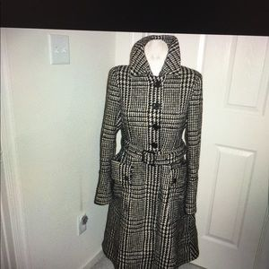 NWT Burberry coat size 8 two belts rare